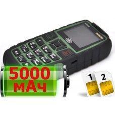 Land Rover AK8000 (заряжает другие телефоны)